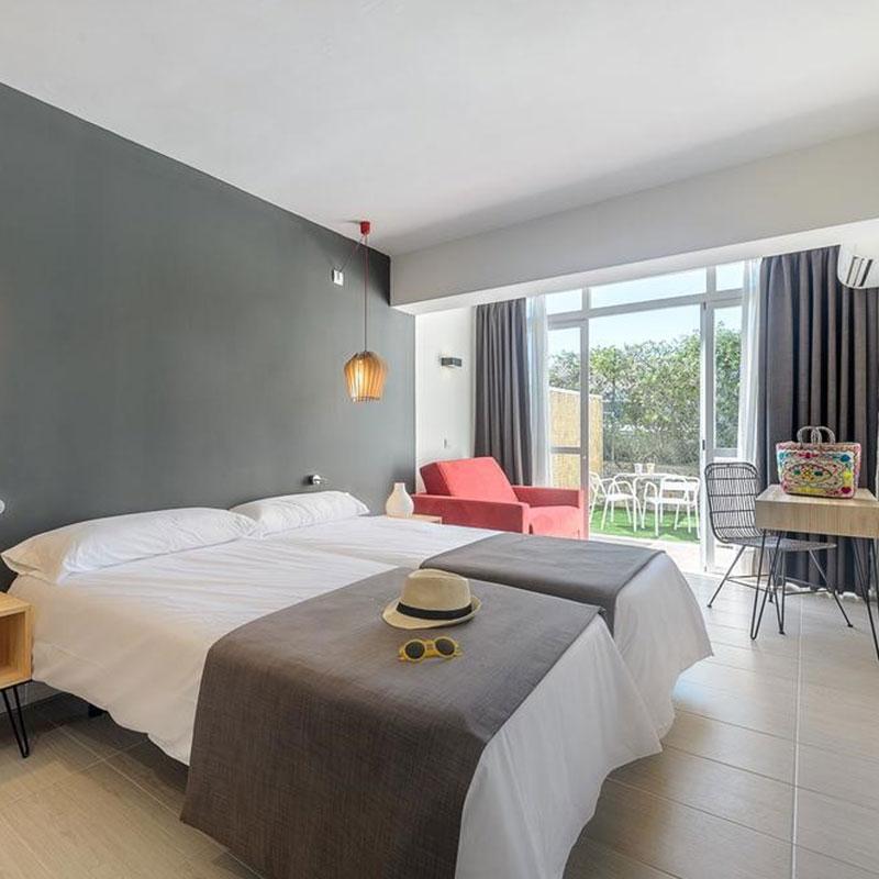 hotel-cala-tarida-ibiza-04