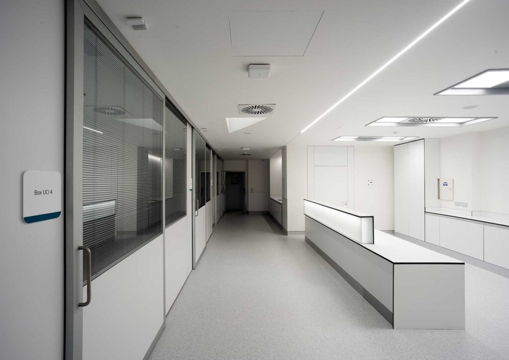 UCI Hospital de Córdoba – Foto Jorge Allende
